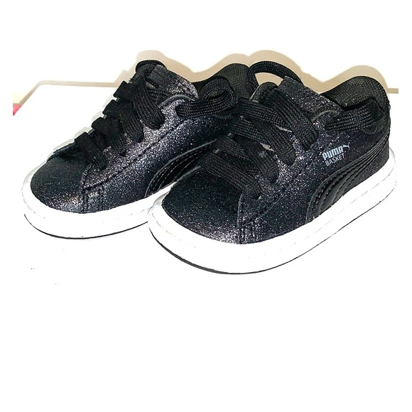 Puma Shoes | Girls Blackglitter Pumas